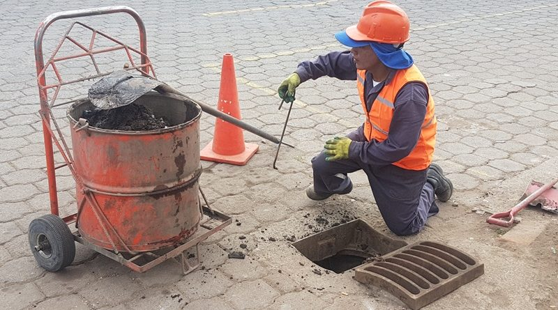 Epmaps agua de quito presente en mega minga en guaman for Agua potable quito