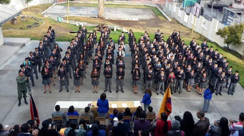 Colegio Municipal Cotocollao celebra 62 años
