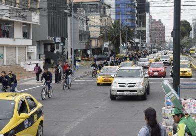 Conductores y ciclistas conviven en la ciudad