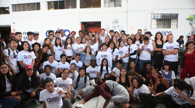 Municipio de Quito certificó a 561 jóvenes artistas