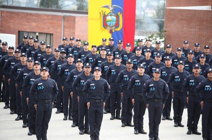 Un moderno Cuerpo de Agentes de Control incorporó a 248 nuevos miembros