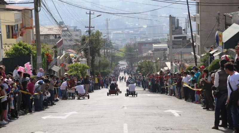 Quito se prepara para los coches de madera
