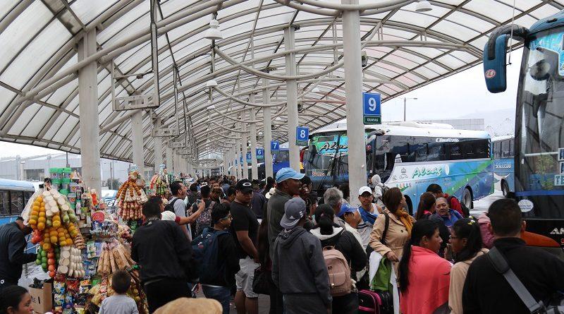 Flujo de personas en terminales terrestres es normal
