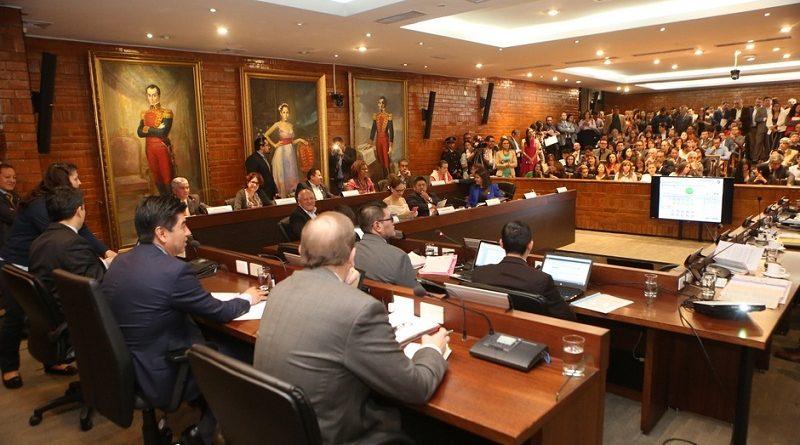 110 km de repavimentación vial se realizarán en Quito