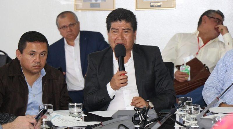 Alcalde emprende diálogos con dirigentes de comunidades indígenas