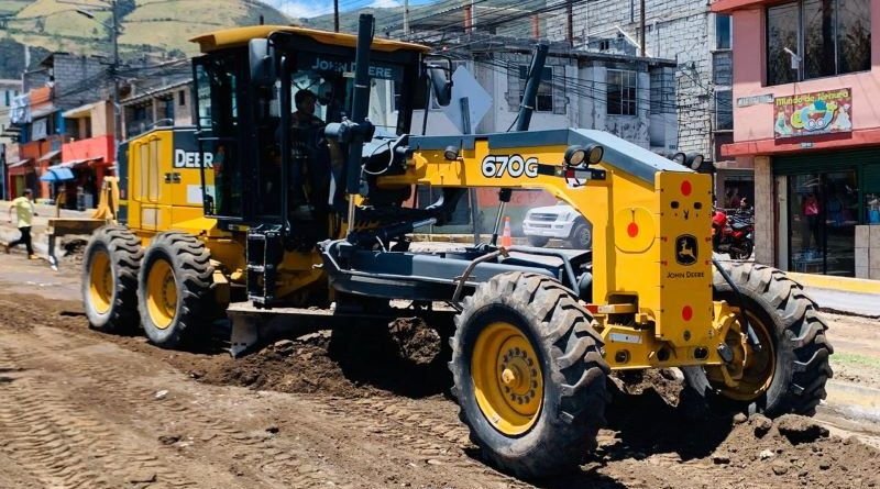 Se reiniciaron trabajos de repavimentación en Quito
