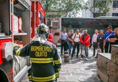 Bomberos Quito participa en ejercicio de respuesta ante emergencias químicas