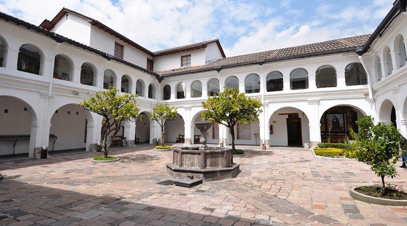 Monasterio del Carmen Alto patio naranjos
