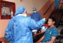 Personas habitantes de calle reciben atención médica gratuita en albergues temporales de Quito