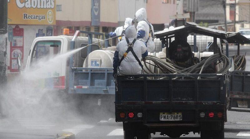 Vías de Quito desinfectadas