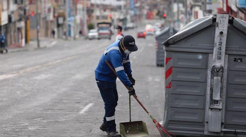 Más de 1 030 empleados de Emaseo EP trabajan en Quito