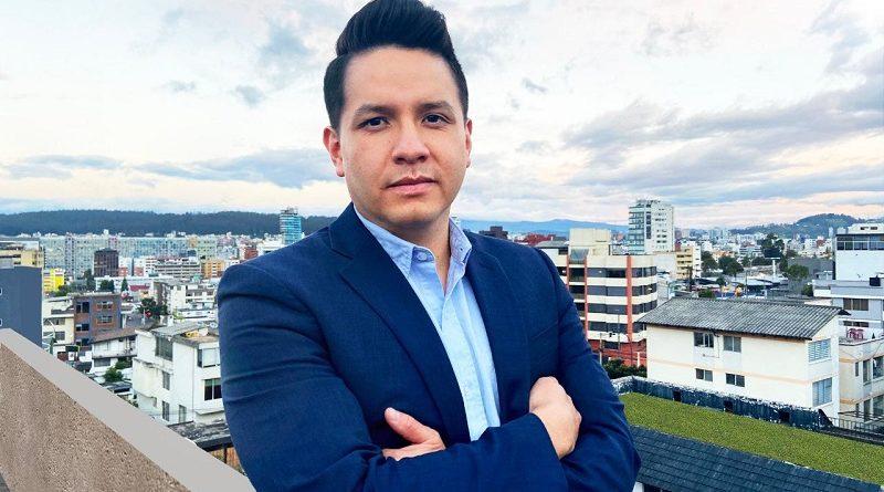 Vladimir Tapia Guijarro Secretario de Territorio, Hábitat y Vivienda del MDMQ