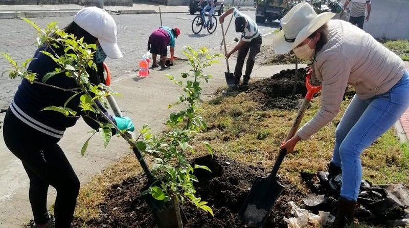 Administración Calderón trabaja para mejorar ambiente