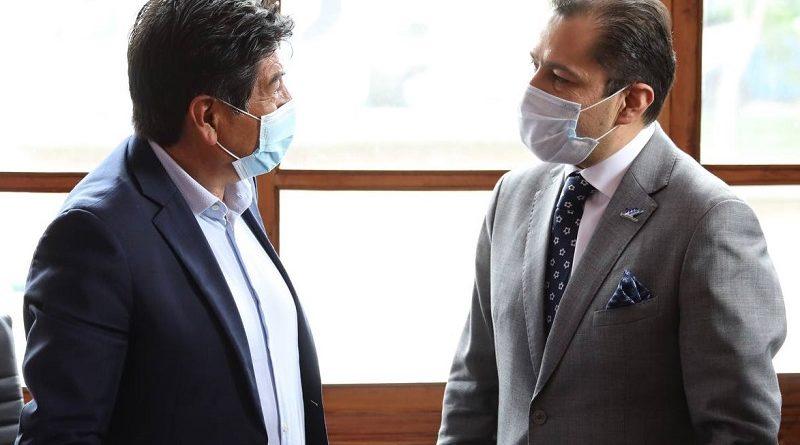 Alcalde de Quito se reunión con director de Arcsa para analizar plan de vacunación en la capital