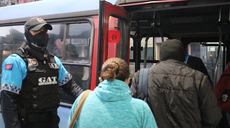 CACM controlan aforo transporte público