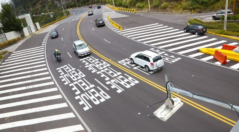 Terminan trabajos de señalización vial en la av. Oswaldo Guayasamín