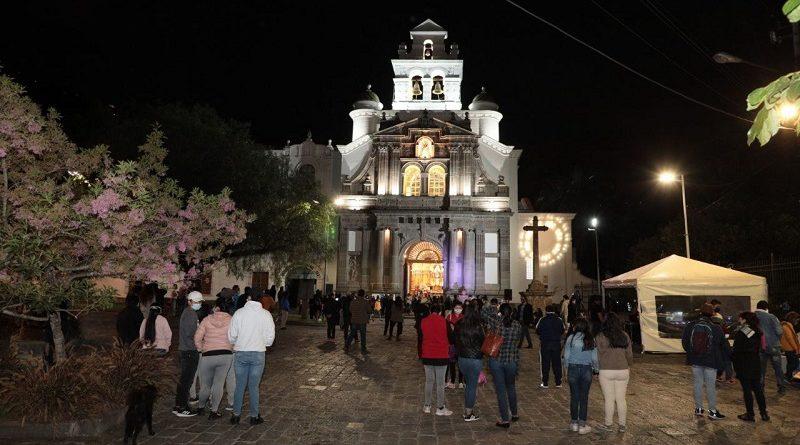 Iluminación iglesia Guápulo